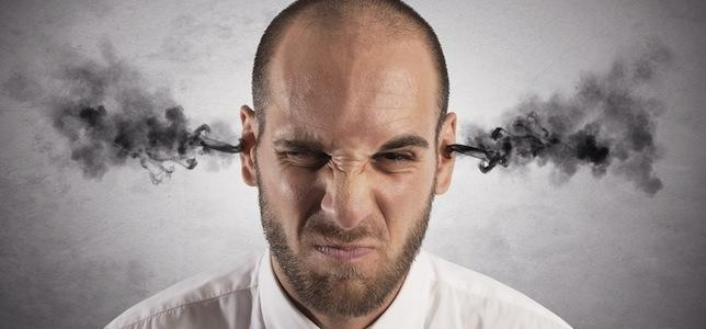 تیلت یا آنگوژه یا عصبی شدن در پوکر