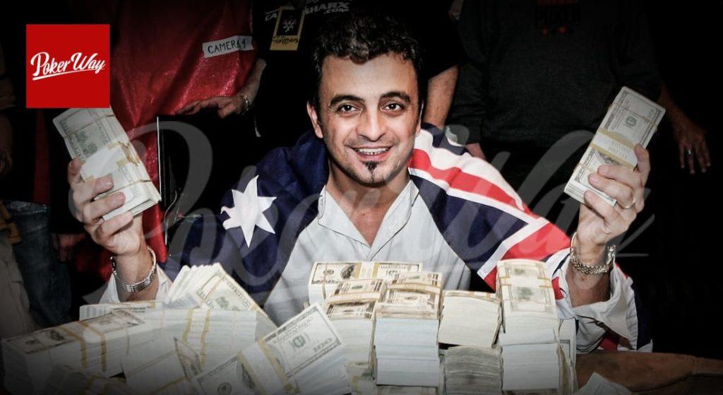 پوکر باز حرفه ای قهرمان پوکر جهان 2005